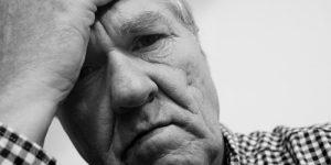 Een slecht matras en hoofdkussen kunnen hoofdpijn veroorzaken