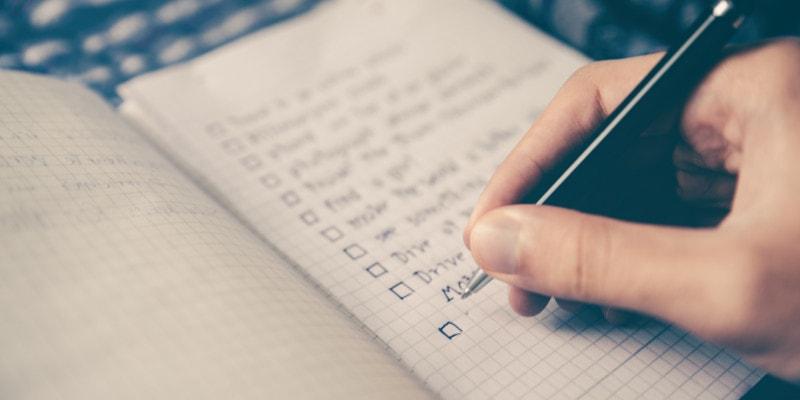 Stoppen met piekeren: schrijf uw gedachten op.
