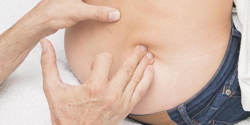 Een hoogwaardig matras bestaande uit zowel traagschuim als koudschuim kan uw lage rugklachten verminderen.